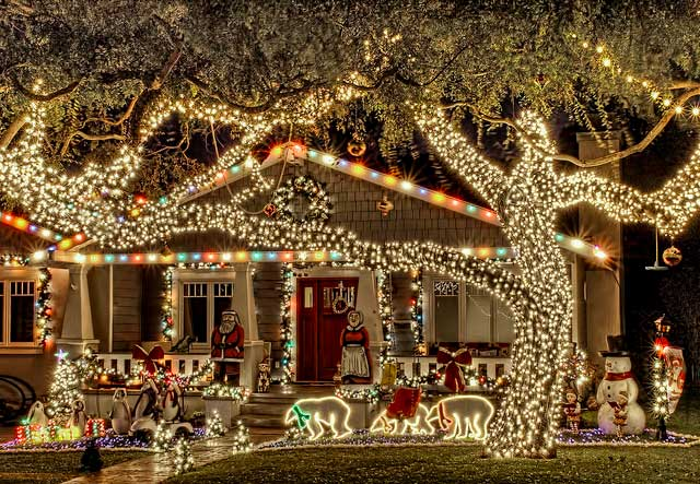 137 best holiday lights images on pinterest holiday lights christmas ideas and xmas lights - Christmas Decorations Lights