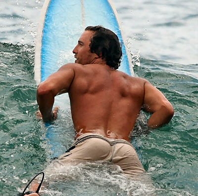 matthew mcconaughey surfing 2007 11 Most Beautiful Men of Surfing: Valentines Day Eye Candy For The Ladies