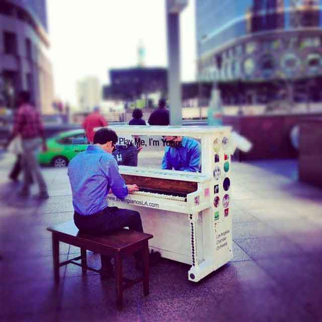 los angeles play me im yours music piano busy street business office focus  Play Me, Im Yours   thirty pianos across the city for anyone to play