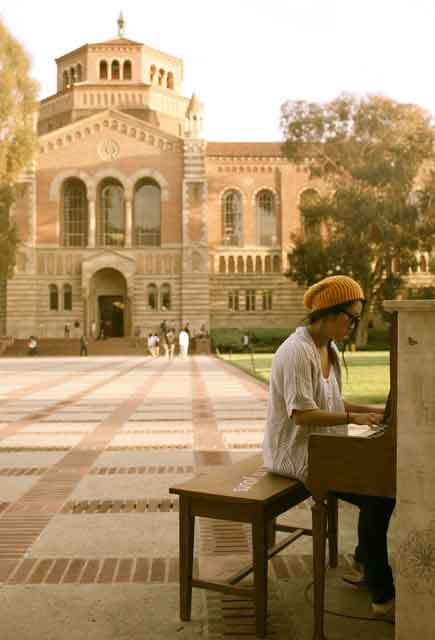 los angeles play me im yours music piano lonesome quiet focused ucla quad royce powell young Play Me, Im Yours   thirty pianos across the city for anyone to play