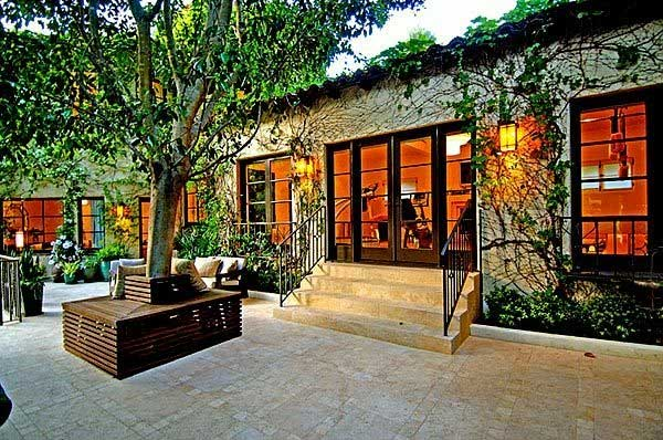 ben stiller spanish style beverly hills home Hollywood homes for sale   Ashton Kutcher, Harrison Ford, Meg Ryan, Ben Stiller (+7 more)