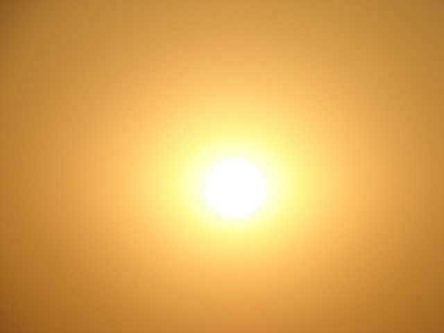 hot sun beach summery day sunburn ow sunscreen sky orange Scientists figure out why sun overexposure makes our skin sore (a sunburn!)