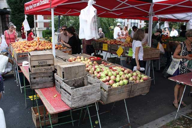 dupont-farmers-market-washington-dc-sunday-circle-spring-valley-farm ...