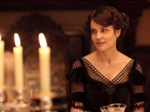 The Right Honourable Cora Crawley elizabeth mcgovern downton abbey 300x225 The Right Honourable Cora Crawley elizabeth mcgovern downton abbey